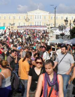 Another day of mass demonstrations fills Syntagma Square in Athens (Ioannis Poulopoulos)