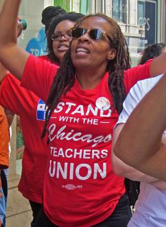 Chicago teachers and their supporters demonstrate against CPS budget cuts (Bob Simpson)