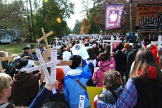 A 2008 protest against the School of the Americas drew 20,000 people (Mason Wells | SW)