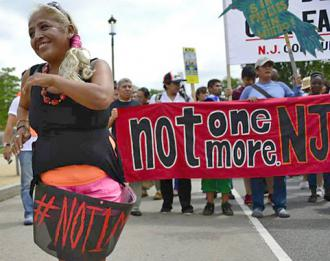A contingent in the Washington, D.C., march to stop all deportations (National Day Laborer Organizing Network)