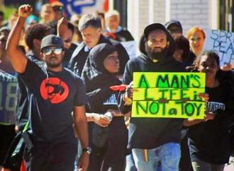Protesters march against the police murder John Crawford III in Beavercreek, Ohio (Ohio Student Association)