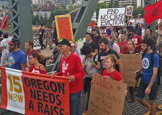 Fight for 15 activists take their message through Portland (15 Now PDX)