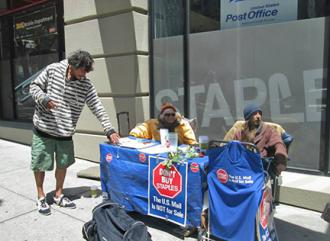 Occupy activists have taken up the Stop Staples campaign in San Francisco (Sarah Menefee)