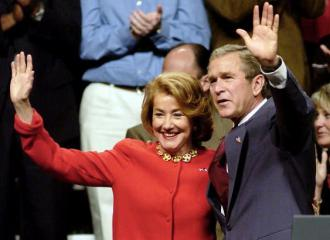 Elizabeth Dole campaigning with George W. Bush