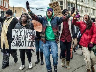 Chicagoans take the streets to declare that Black Lives Matter