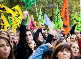 "Protesters in Paris continue mass mobilizations against Nicolas Sarkozy's pension ""reform"""