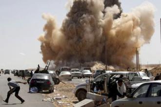 U.S. bombing scatters drivers in Libya