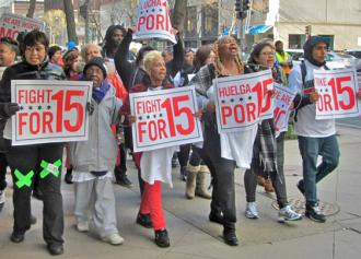 Low-wage retail and fast food workers on the march in Chicago during a day of walkouts and protests (Bob Simpson)