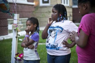 Friends mourn Heaven Sutton, a 7-year-old victim of gun violence (Ashlee Rezin)