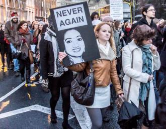 Thousands march in Dublin to remember Savita Halappanavar and to protest lack of access to abortion (William Murphy)