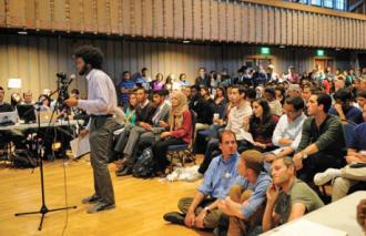 Students make the case for divestment during the ASUC meeting