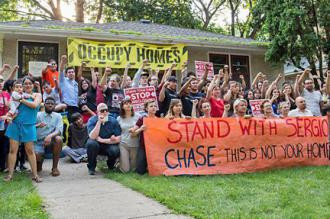 Activists from Occupy Homes MN rally to defend Sergio Ceballos from eviction (Chance Lunning | SW)