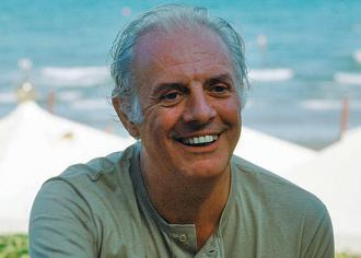 dario fos political theatre essay Ebola isis explainer foundation essays us  satirical, absurdist playwright  dario fo dead aged 90  author of more than 80 plays, he was an enormously  influential playwright and theatre-maker, an innovative  making sweeping  strikes at politicians and the church, the play's narrative was based on.