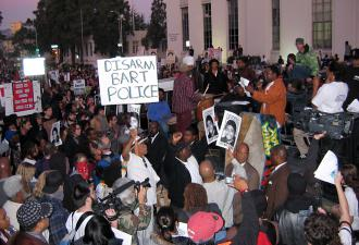 Demonstrators gather in Oakland to demand justice for Oscar Grant III (Alessandro Tinonga | SW)