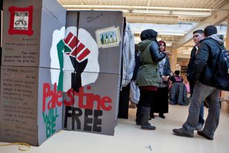 Students at another university get information out to their peers during Israeli Apartheid Week