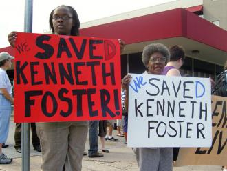 Texas activists celebrate after Kenneth Foster Jr. was given clemency hours before his scheduled execution (Matthew Beamesderfer | SW)