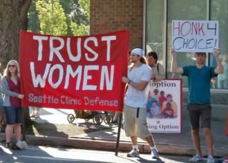 Members of Seattle Clinic Defense make a stand for the right to choose (Leela Yellesetty | SW)
