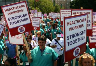 Members of UHW-W on the march to protest Andy Stern's drive to impose his control (Indymedia)