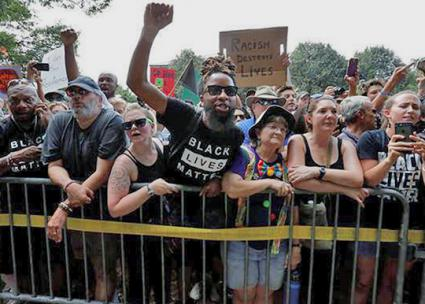 Protesters stand up to the the far right in Charlottesville, Virginia