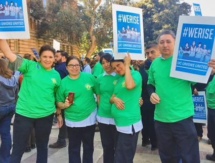 Service workers at UC Berkeley rally for a fair contract  (AFSCME 3299)