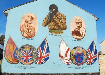 A mural in Belfast celebrates Ulster loyalist paramilitary groups  (Borja García de Sola Fernández | flickr)