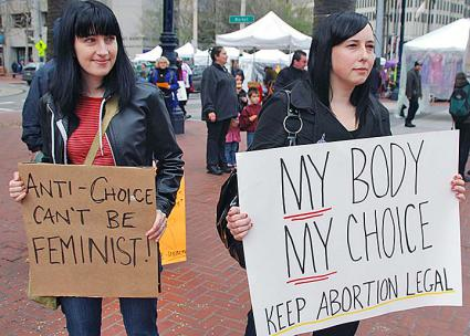 Abortion rights activists in San Francisco protest the protect the right to choose (Steve Rhodes | flickr)
