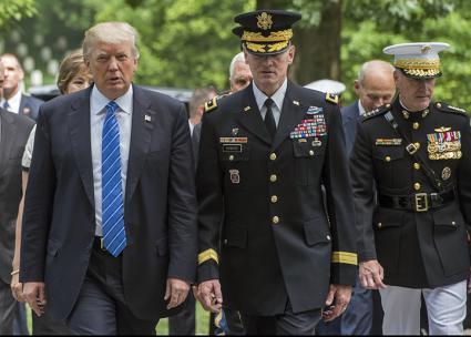 Donald Trump and senior military officials in Washington, D.C. (U.S. Air Force Tech. Sgt. Brigitte N. Brantley | flickr)