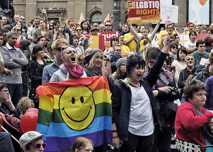 Rallying for marriage equality and LGBTQ liberation in Melbourne, Australia (Azhar J | flickr)