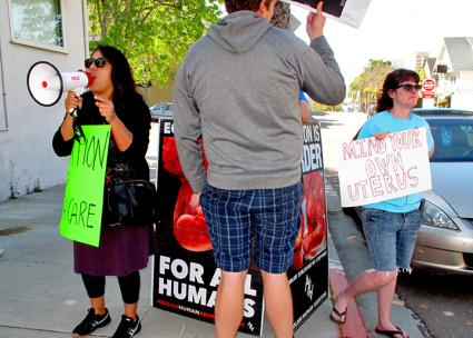 Defenders of reproductive rights block the right's message in San Diego (Ali Mehraban)