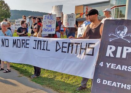 Activists rally against mass incarceration in Broome County, New York (Joan McKiernan | SW)