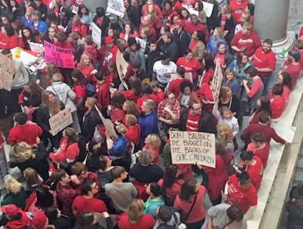 Teachers swarm into the state Capitol building in Kentucky (Emily Shaw | SW)