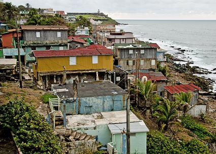 The La Perla neighborhood in San Juan has endured grinding poverty for decades (Eric Pancer | Wikimedia Commons)