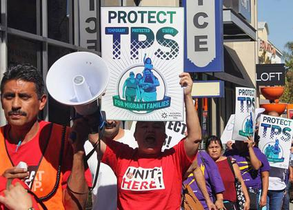 Salvadoran immigrant workers take to the streets of Los Angeles (TPS Alliance | Facebook)