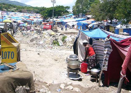 Victims of the 2010 Haiti earthquake continue to live in makeshift camps (Notfallpädagogik Haiti | Wikimedia Commons)