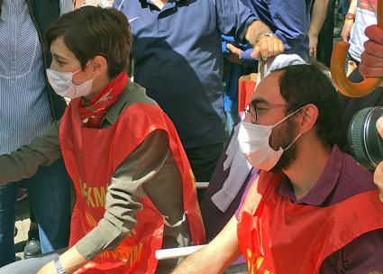 Hunger strikers Nuriye Gülmen (left) and Semih Özakça (Sherry Wolf | SW)
