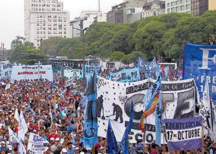 Tens of thousands march against austerity policies in Argentina