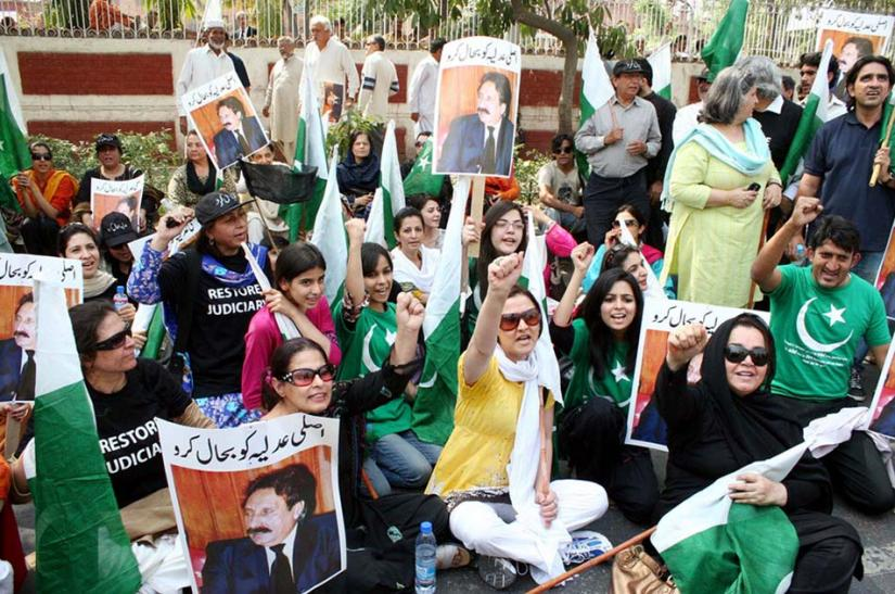 Demonstrators in Lahore, Pakistan, support the reinstatement of deposed Chief Justice Iftikhar Chaudhry