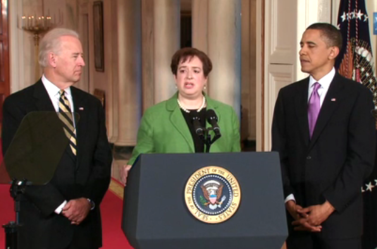Elena Kagan, flanked by Barack Obama and Joe Biden, during a White House press conference