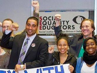 Jesse Hagopian rallying with fellow Seattle educators
