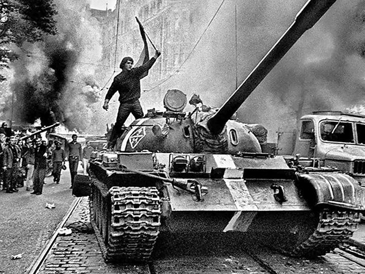Tanks roll through the streets of Prague in 1968