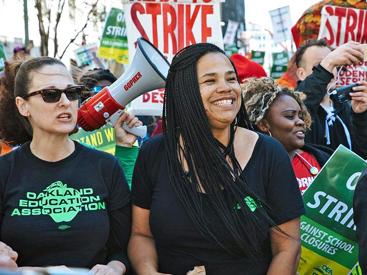 Oakland teachers strike in defense of public education