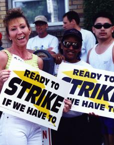 Chicago Teamsters at a rally to build support for a strike against UPS in 1997