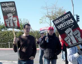 The writers' strike against producers won strong solidarity from many other Hollywood unions