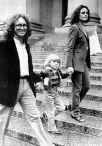 Bill Ayers and Bernadine Dohrn with son Zayd in 1982