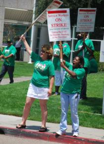 Workers at the UCSD hospital on the picket line during a five-day strike in July 2008