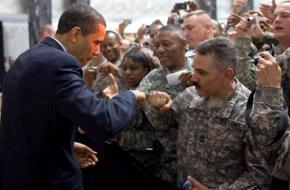 President Obama meets active-duty soldiers