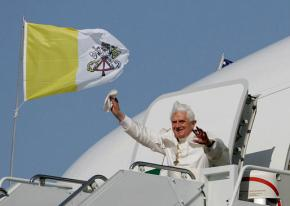 Pope Benedict XVI arriving on a visit to Washington, D.C.