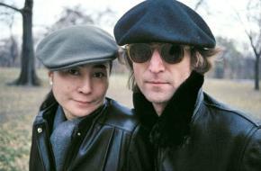 John Lennon and Yoko Ono in Central Park in 1980