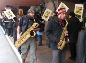A lively picket line outside the posh Hilton complex in downtown San Francisco