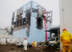 Workers struggle to cool Reactor Number 4 at the Fukushima-Daiichi nuclear plant